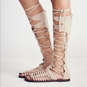 NWT! Free People Gladiator SunSeeker Sandals LtTan
